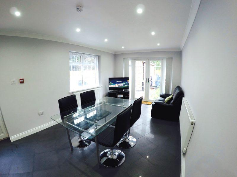 Twyford_house_lounge